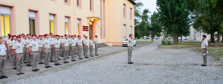 Visite du Chef de Corps du COMMAT à la musique des Parachutistes